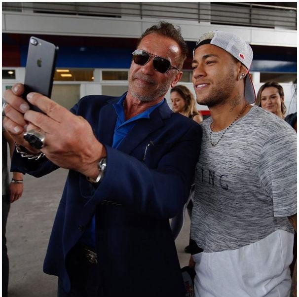 Neymar e Schwarzenegger (Crédito: Reprodução)