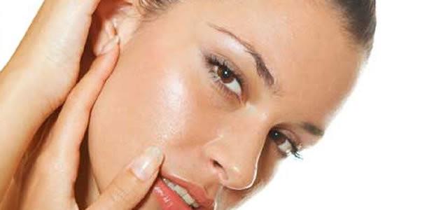 7 maneiras de diminuir a oleosidade da pele