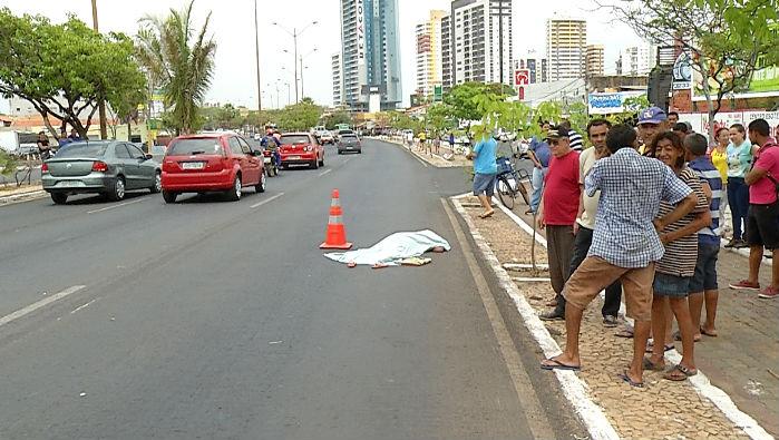 Aglomeração no local do acidente (Crédito: Rede Meio Norte)