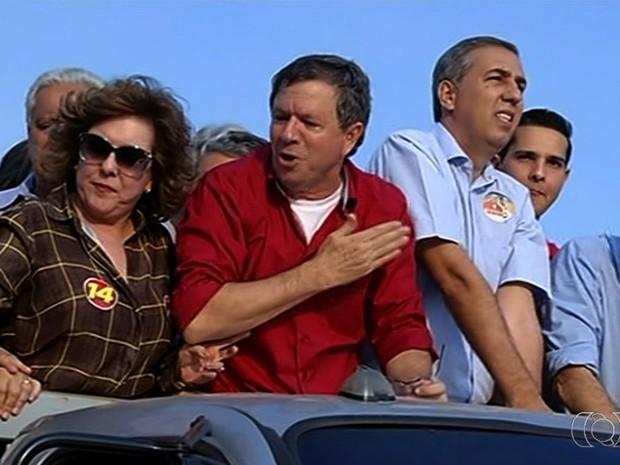 José Gomes (de vermelho) morreu baleado em Itumbiara, Goiás