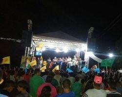 Multidão prestigia Capote em grande comício no Barreiro do Alcides