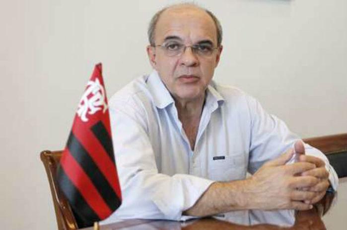 Eduardo Bandeira de Mello trava disputa contra Ferj