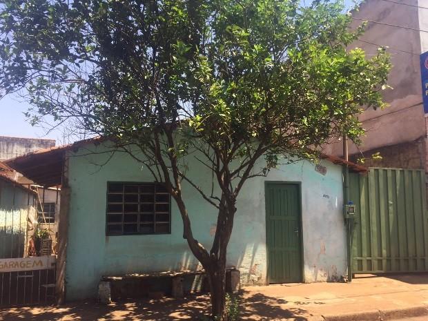 Família do atirador se mudou da casa onde morava, em Itumbiara (Crédito: G1)