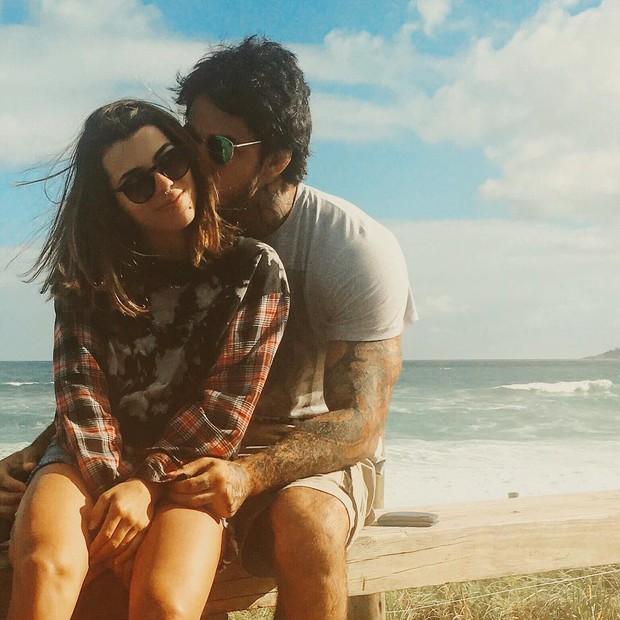 Petra Mattar ao lado do novo namorado (Crédito: Instagram)