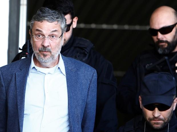 Antonio Palocci está preso na carceragem da Polícia Federal (Crédito:  Rodolfo Buhrer/Reuters)
