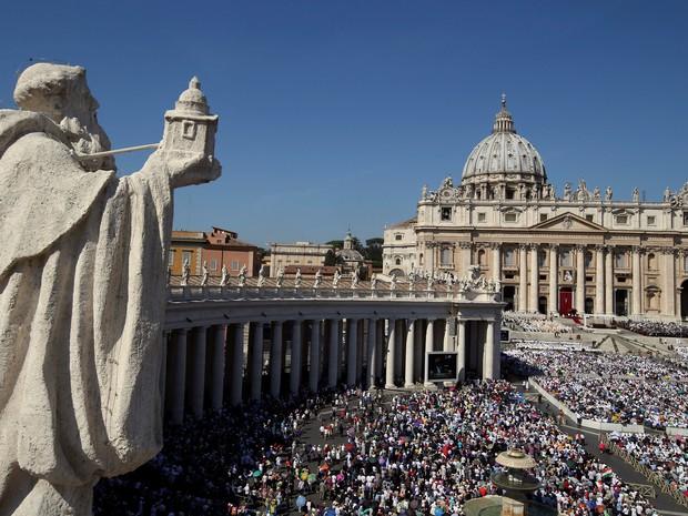 Madre Teresa é canonizada pelo Papa para 100 mil fiéis (Crédito: Reprodução)