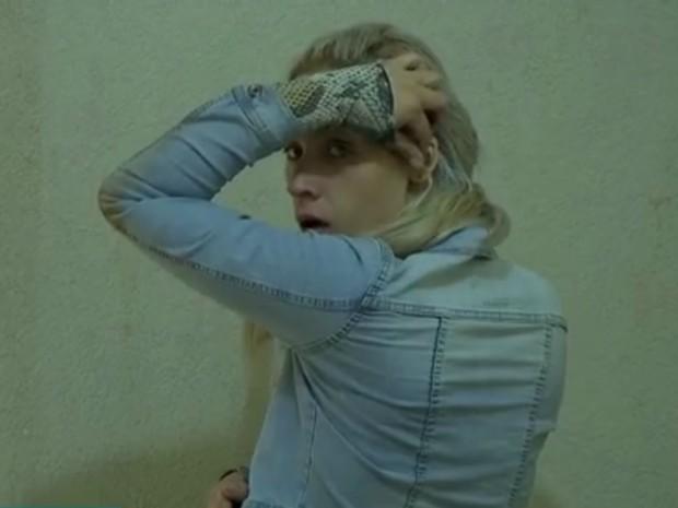 Ela usava tornozeleira e cumpria prisão domicilar  (Crédito: Reprodução/ TV Morena)