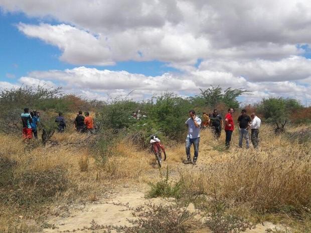 Local onde os corpos foram encontrados (Crédito: Reprodução)