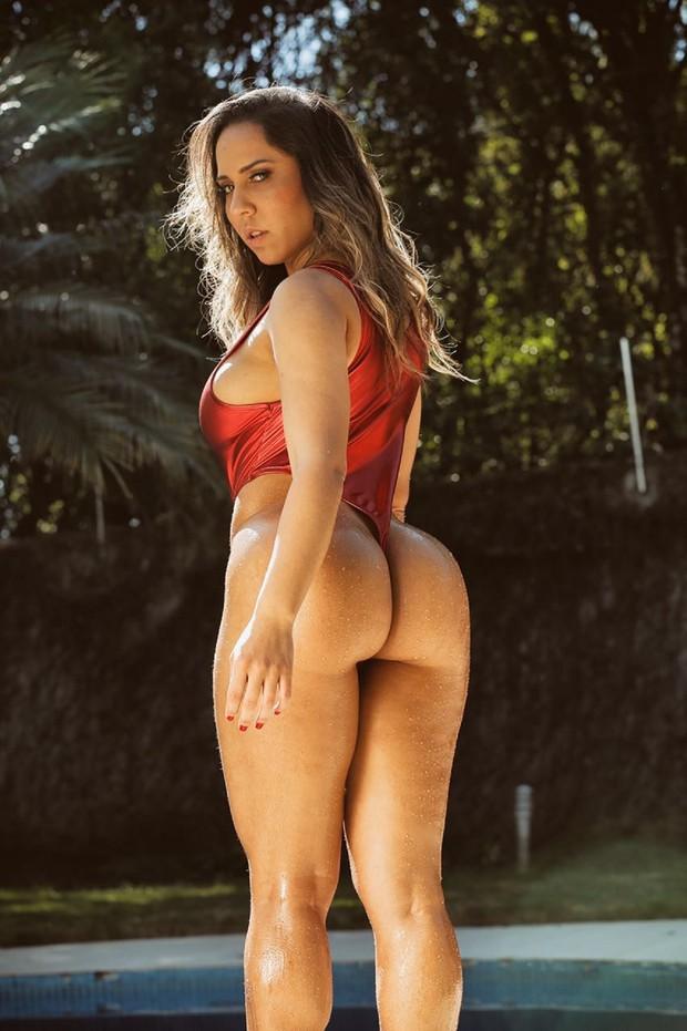 Mulher Melão faz ensaio sensual (Crédito: Divulgação)