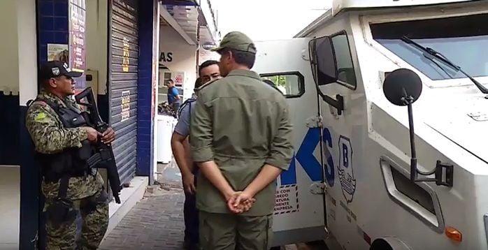 Os dois foram presos no Centro da Capital