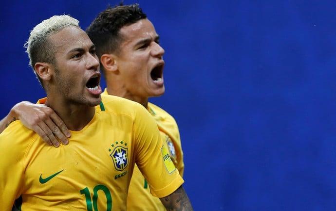 Coutinho comemora o gol de Neymar após dar a assistência para o camisa 10 decidir o jogo em Manaus (Crédito: Reuters)