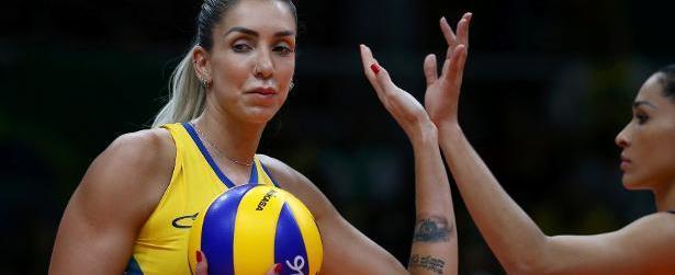 Jogadora Thaisa desistiu de ir à boate de ataque em Istambul