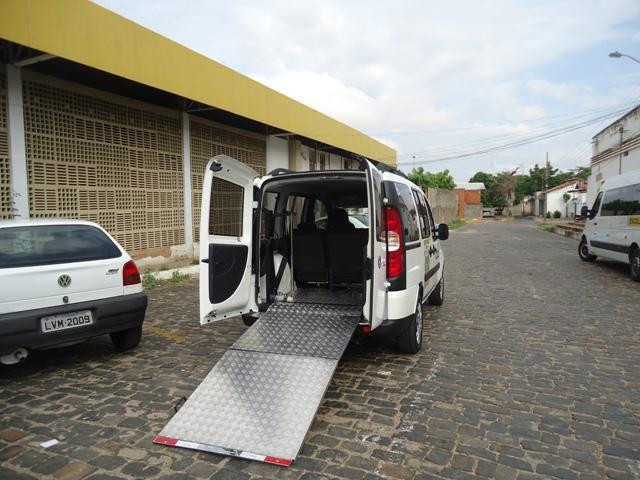 Um dos táxis adaptados  (Crédito: Reprodução)