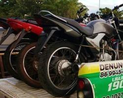 Três motos roubadas são aprendidas pela PM em São M. do Tapuio