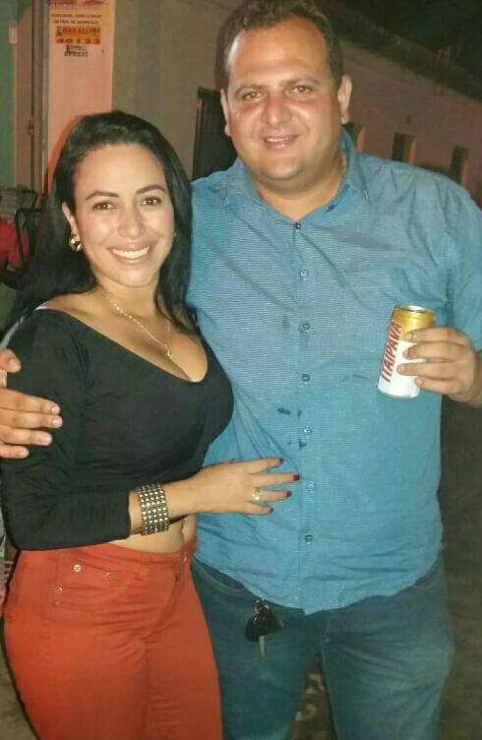 Crisleyde Sousa ao lado do prefeito Mauricin  (Crédito: Reprodução/ Facebook )
