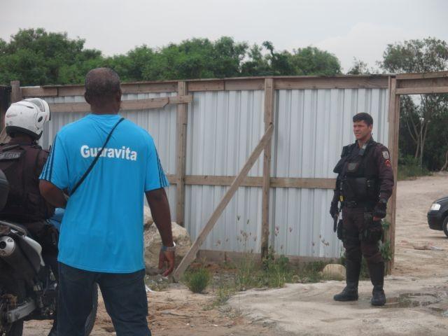 Policiais fazendo segurança do CT no Fluminense (Crédito: Reprodução)