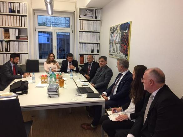 Wellington apresenta proposta de investimentos na Alemanha  (Crédito: Reprodução)
