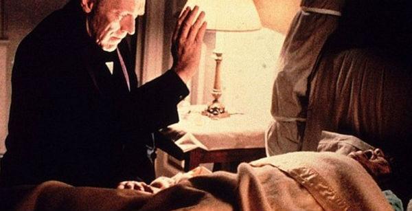 Cena do filme O Exorcista (Crédito: Reprodução)