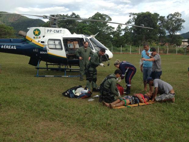 Helicóptero  fez resgate do ferido por descarga elétrica em MT (Crédito: Reprodução)