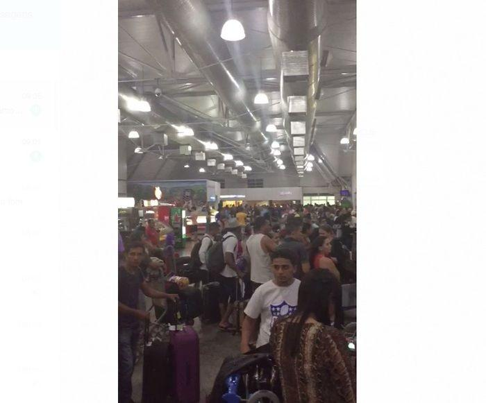 Aeroporto de São Luís ficou super lotado após desvio de três aeronaves (Crédito: Portal MN)