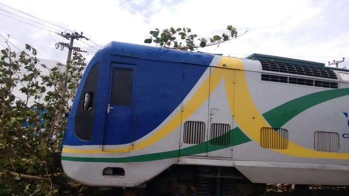 Metrô descarrila na zona Sudeste de Teresina (Crédito: Joelson Brito)