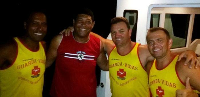 Pastor Valdemiro é resgatado de barco à deriva