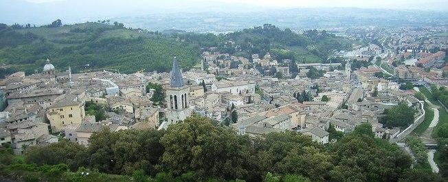 Região Central da Itália sofre três terremotos em uma hora