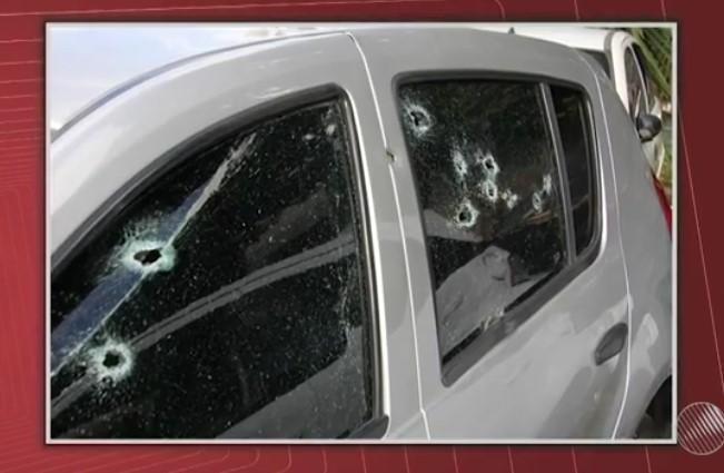 PM é confundindo com bandido e carro é atingindo com 15 tiros