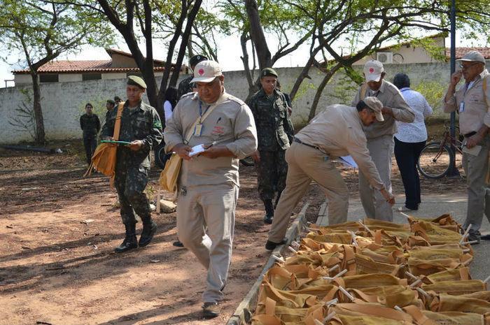 Militares iniciam combate ao Aedes nesta terça-feira