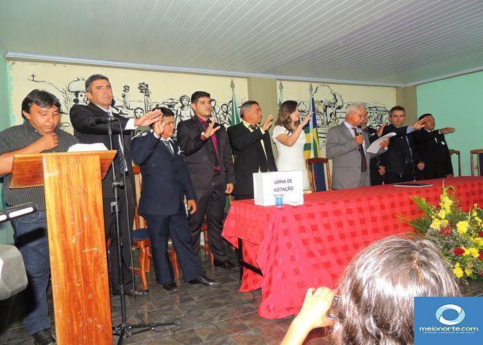 Prefeito Casa Grande e Vice Iranilta são empossados pela câmara - Imagem 9