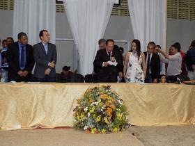 Raimundo Silveira é empossado pela 5.ª vez prefeito de Parnarama