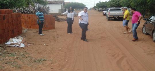 prefeito começa seus trabalhos visitando obras em Santo Inácio