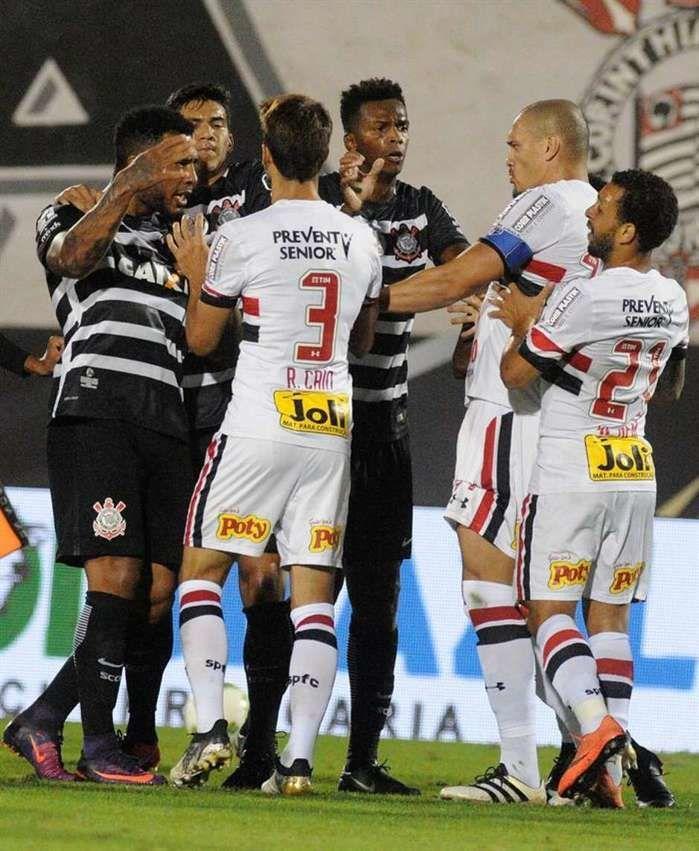 São Paulo bate o Corinthians