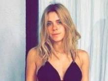 Carolina Dieckmann exibe boa forma e recebe elogios e críticas