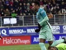 Neymar chega aos 94 gols pelo Barcelona e iguala Ronaldinho Gaúcho