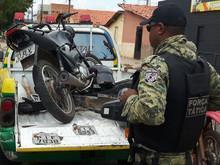 PM recupera S-10 roubada e encontra desmanche de motos em União
