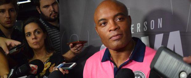 Anderson Silva reitera interesse em enfrentar Conor McGregor