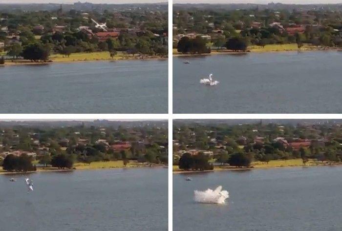 Pequeno avião cai em rio da Austrália diante de milhares de pessoas (Crédito: AFP)