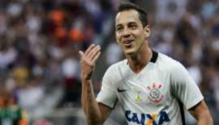 Rodriguinho fica no Corinthians