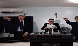 Prefeito Valmir Barbosa toma posse em Dom Expedito Lopes.