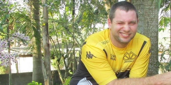 Torcedor do Criciúma é impedido de homenagear a Chapecoense