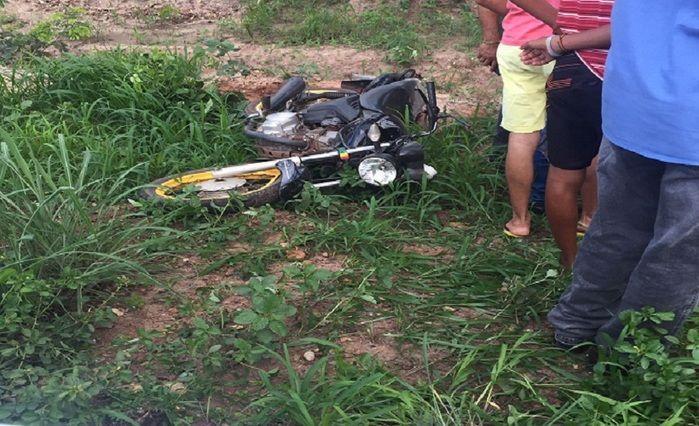 Adolescente fica gravemente ferido após se envolver em acidente