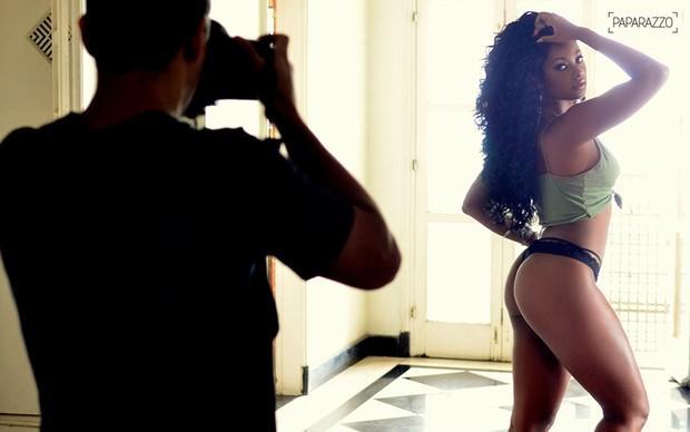 Camila Silva no Paparazzo