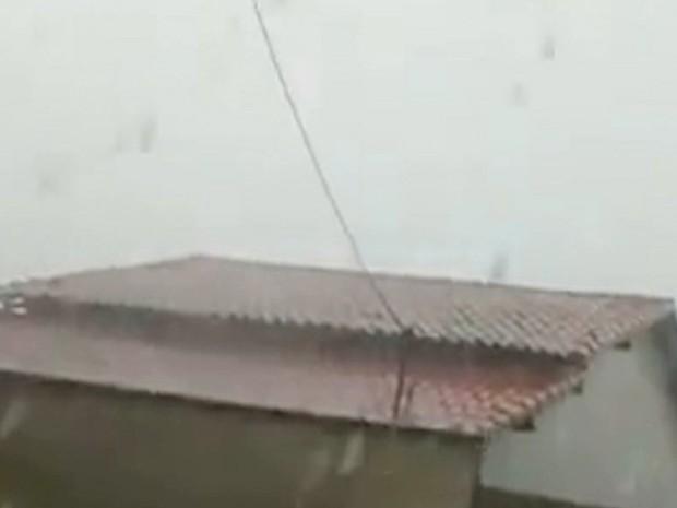 Chuva de granizo em Coroatá, no Maranhão (Crédito: Reprodução)