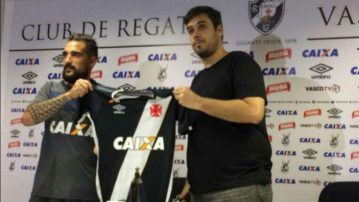 Escudeiro assinou contrato com o Cruz Maltino por dois anos