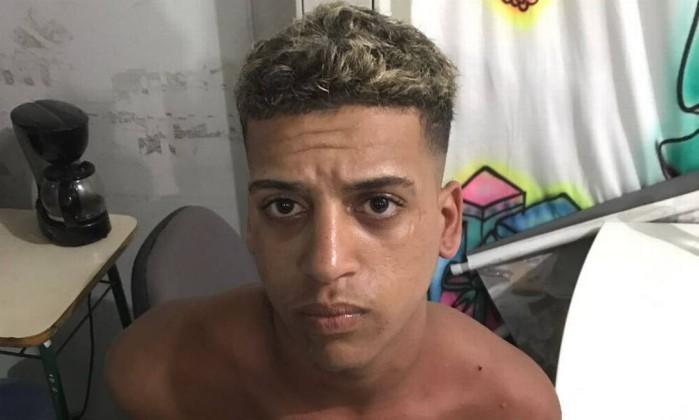 Rhuan de Mello Queiroz, de 18 anos, outro dos seis suspeitos  (Crédito: Reprodução)