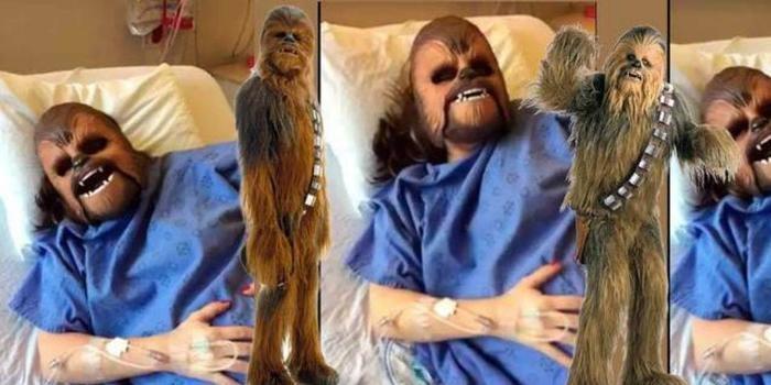 Mulher usa  máscara do Chewbacca durante trabalho de parto; vídeo