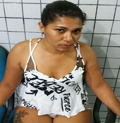 Jéssica Matos S. Conceição, apontada como 'dona' de uma boca de fumo (Crédito: Polícia Militar)
