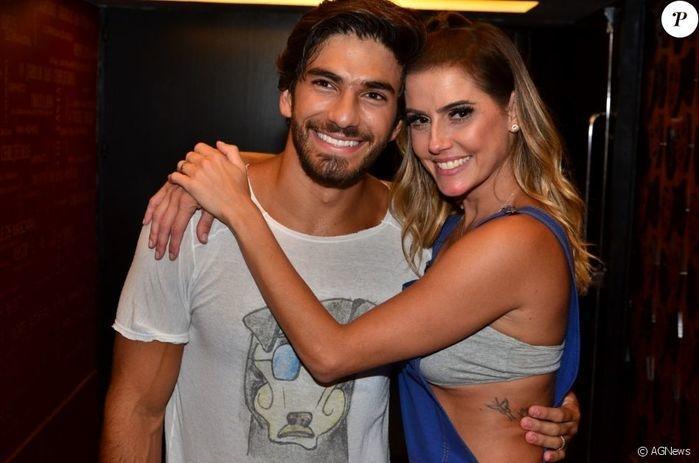 Deborah Secco e o marido Hugo