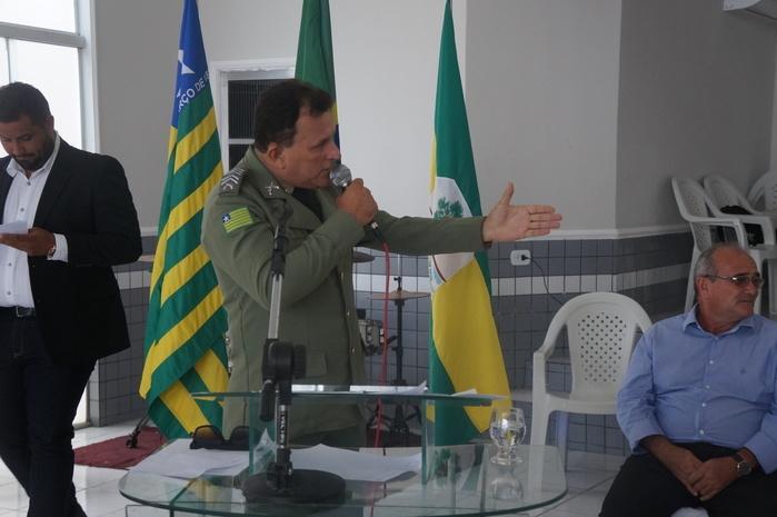 Sargento Vieira, comandante do grupamento de Polícia na cidade de Bom Princípio do Piauí  (Crédito: Francisco Anjos)